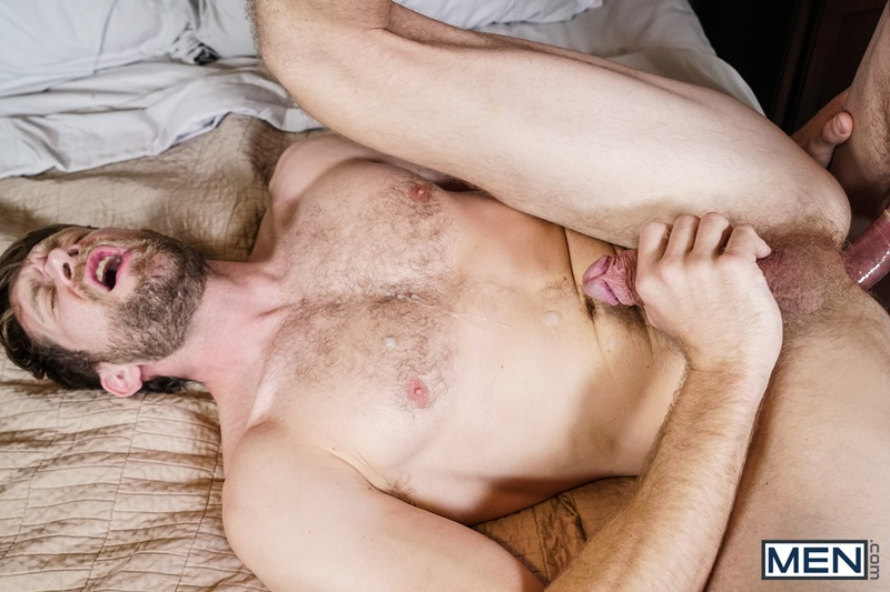 men-sexy-hairy-chested-naked-man-hunk-colby-keller-tight-ass-hole-fucked-ashton-mckay-big-thick-dick-men-kissing-024-gay-porn-sex-gallery-pics-video-photo