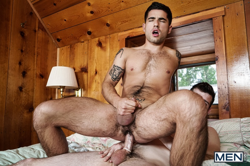 men-sexy-young-naked-muscle-hunks-vadim-black-tight-bubble-butt-asshole-fucked-by-noah-jones-huge-erect-dick-cocksucking-anal-rim-014-gay-porn-sex-gallery-pics-video-photo