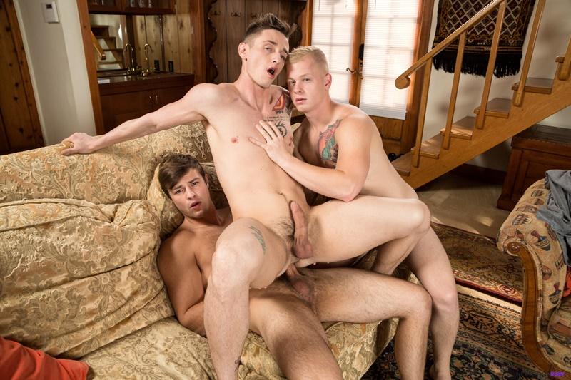 nextdoorstudios-gay-porn-husbands-partner-sex-pics-lance-ford-leo-luckett-bareback-fucking-charlie-pattinson-007-gallery-video-photo