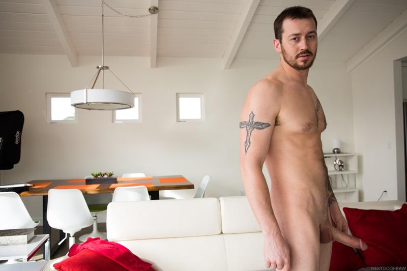 nextdoorstudios-gay-porn-mark-long-ty-thomas-roman-todd-sex-pics-bareback-threesome-004-gallery-video-photo