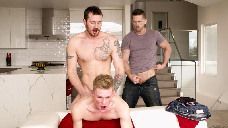 nextdoorstudios-gay-porn-mark-long-ty-thomas-roman-todd-sex-pics-bareback-threesome-007-gallery-video-photo