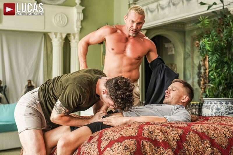 Older-muscle-dude-Tomas-Brand-smooth-hunk-Andrey-Vic-spit-roast-young-dude-Robert-Law-hot-holes-001-gay-porn-pics