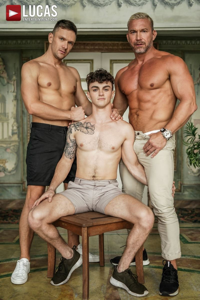 Older-muscle-dude-Tomas-Brand-smooth-hunk-Andrey-Vic-spit-roast-young-dude-Robert-Law-hot-holes-003-gay-porn-pics