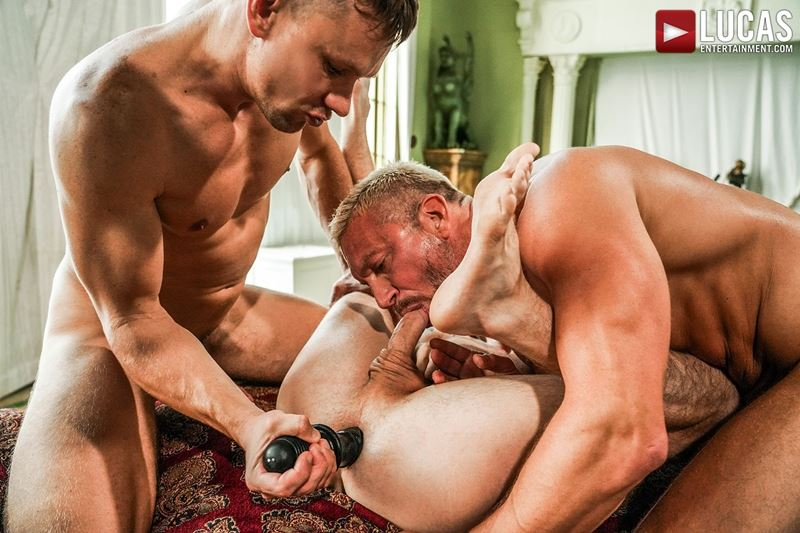 Older-muscle-dude-Tomas-Brand-smooth-hunk-Andrey-Vic-spit-roast-young-dude-Robert-Law-hot-holes-016-gay-porn-pics