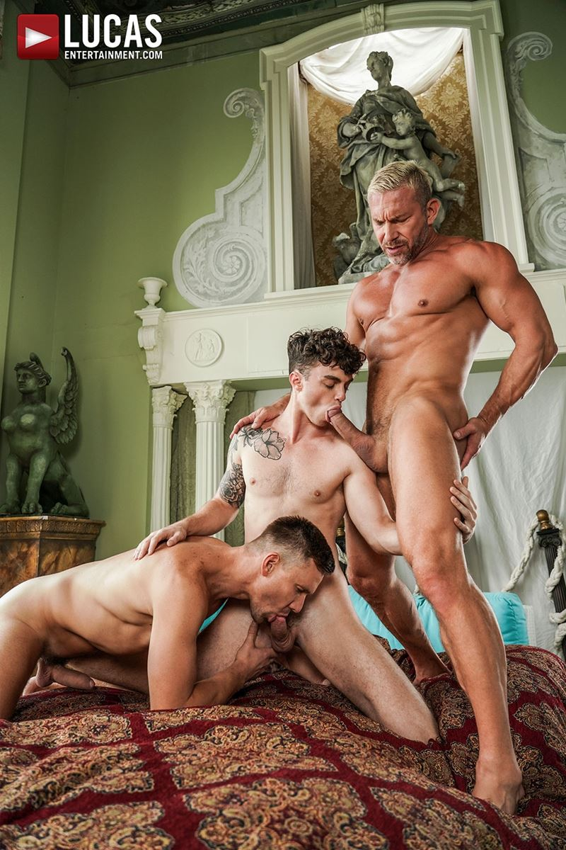 Older-muscle-dude-Tomas-Brand-smooth-hunk-Andrey-Vic-spit-roast-young-dude-Robert-Law-hot-holes-018-gay-porn-pics