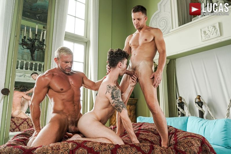 Older-muscle-dude-Tomas-Brand-smooth-hunk-Andrey-Vic-spit-roast-young-dude-Robert-Law-hot-holes-021-gay-porn-pics