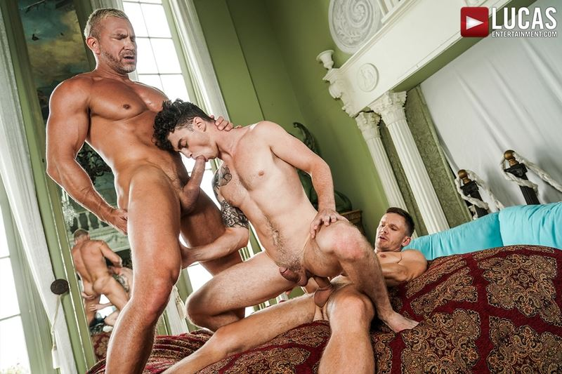 Older-muscle-dude-Tomas-Brand-smooth-hunk-Andrey-Vic-spit-roast-young-dude-Robert-Law-hot-holes-022-gay-porn-pics