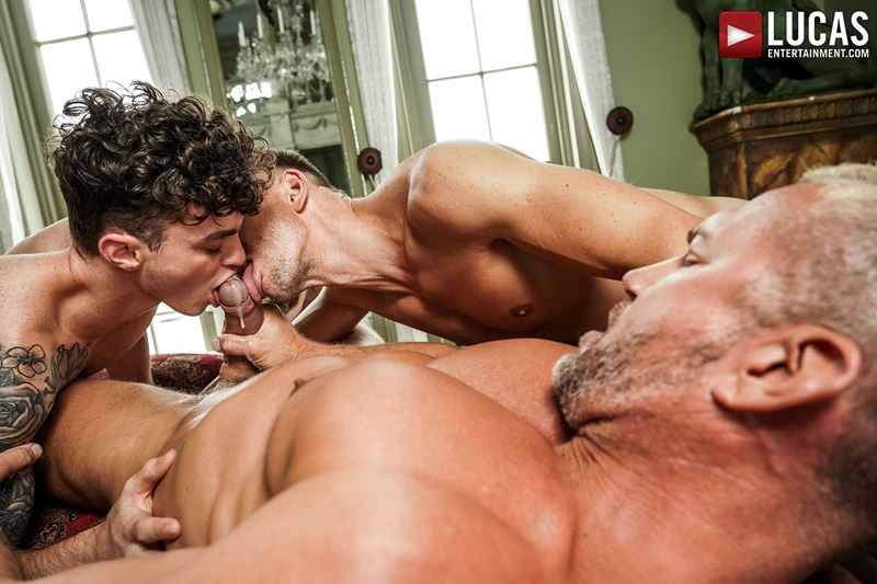 Older-muscle-dude-Tomas-Brand-smooth-hunk-Andrey-Vic-spit-roast-young-dude-Robert-Law-hot-holes-028-gay-porn-pics