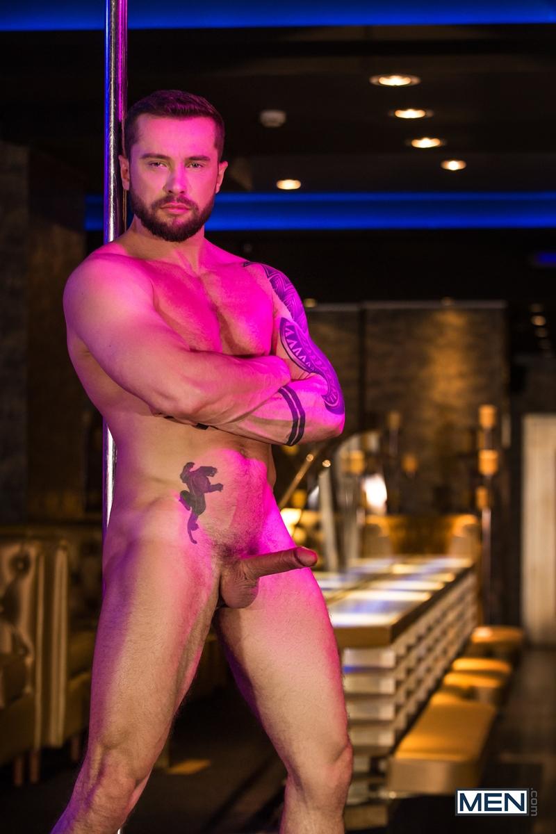 Pierce-Paris-fucks-Drew-Dixon-mouth-hot-waiter-rides-Tyler-Berg-big-dick-threesome-Men-006-porno-pics-gay