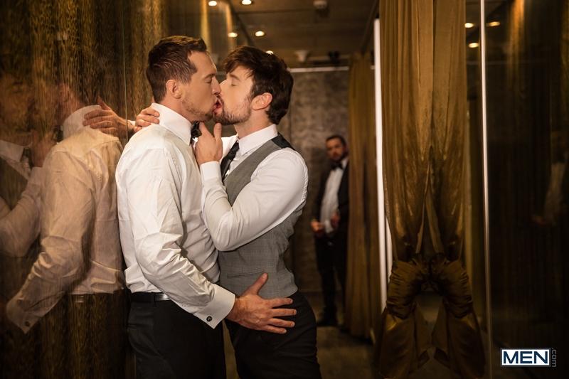 Pierce-Paris-fucks-Drew-Dixon-mouth-hot-waiter-rides-Tyler-Berg-big-dick-threesome-Men-010-porno-pics-gay