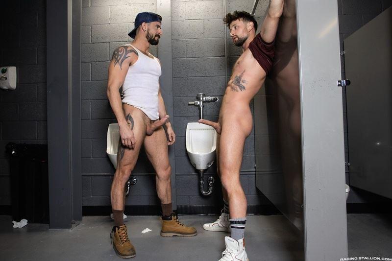 Big-muscle-hunk-Sean-Maygers-massive-thick-cock-bareback-fucking-ripped-hottie-Drew-Dixon-hot-hole-001-gay-porn-pics