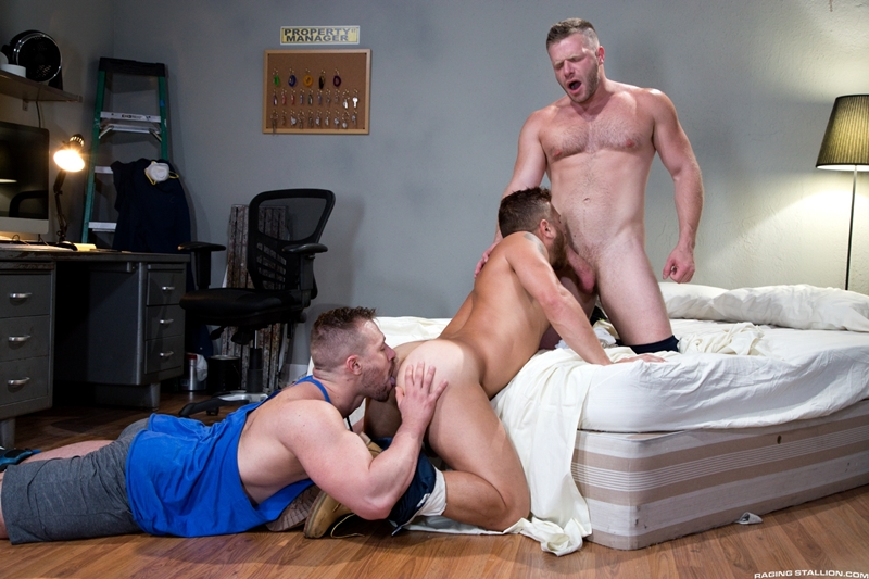 ragingstallion-blake-hunter-cock-riley-mitchell-deep-throat-brian-bonds-spit-roast-tatted-hunk-001-gay-porn-pictures-gallery