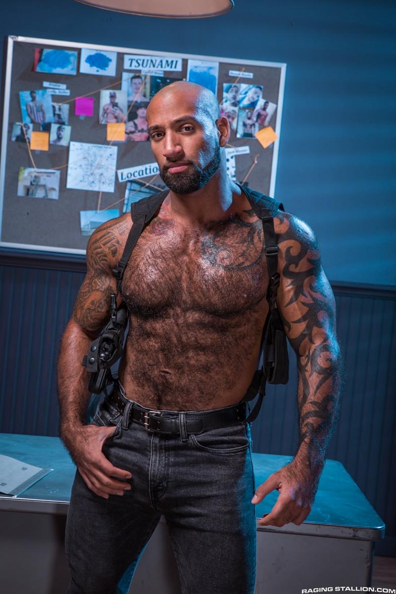 ragingstallion-gay-porn-hot-tattoo-hunk-sex-pics-daymin-voss-sucks-damian-taylor-huge-muscled-dick-006-gallery-video-photo