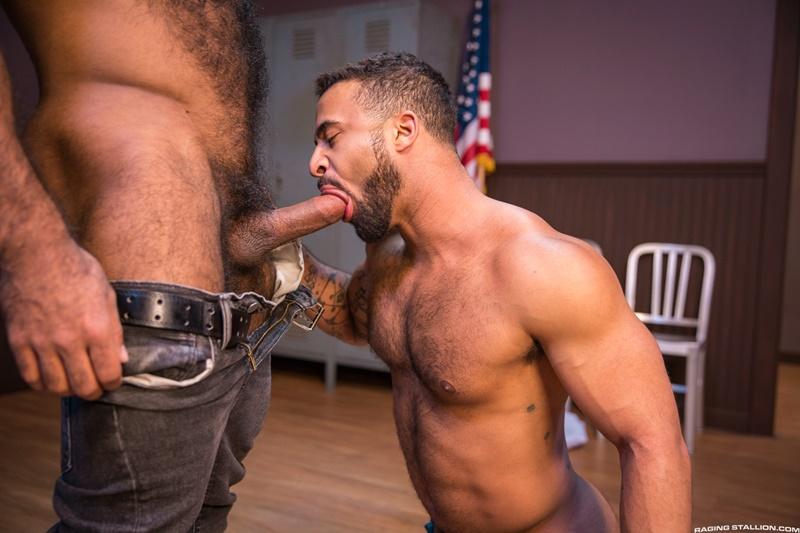 ragingstallion-gay-porn-hot-tattoo-hunk-sex-pics-daymin-voss-sucks-damian-taylor-huge-muscled-dick-009-gallery-video-photo