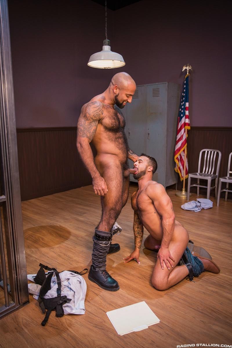 ragingstallion-gay-porn-hot-tattoo-hunk-sex-pics-daymin-voss-sucks-damian-taylor-huge-muscled-dick-010-gallery-video-photo