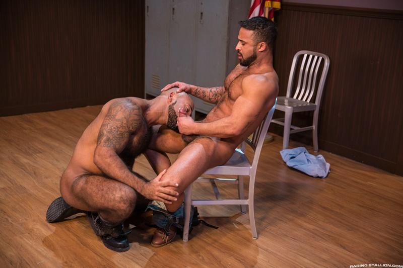 ragingstallion-gay-porn-hot-tattoo-hunk-sex-pics-daymin-voss-sucks-damian-taylor-huge-muscled-dick-014-gallery-video-photo
