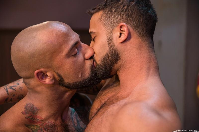 ragingstallion-gay-porn-hot-tattoo-hunk-sex-pics-daymin-voss-sucks-damian-taylor-huge-muscled-dick-015-gallery-video-photo