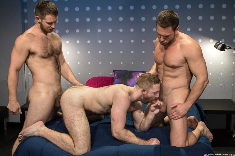 ragingstallion-gay-porn-huge-muscle-dick-naked-hunks-sex-pics-spencer-whitman-sean-knight-hans-berlin-014-gallery-video-photo