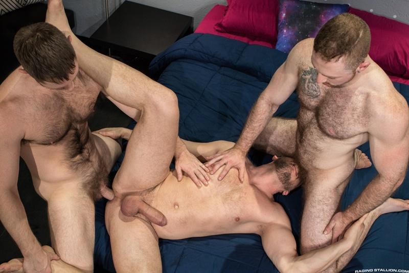 ragingstallion-gay-porn-huge-muscle-dick-naked-hunks-sex-pics-spencer-whitman-sean-knight-hans-berlin-015-gallery-video-photo