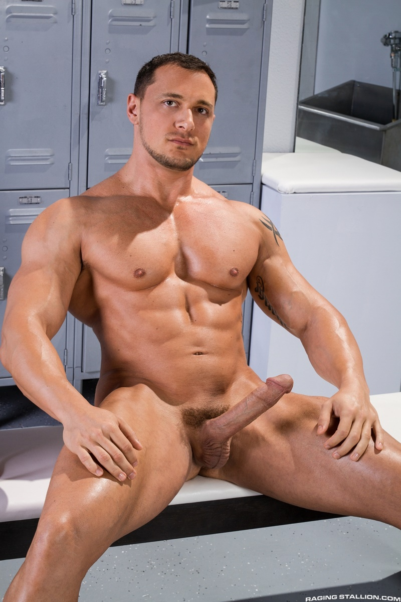 Tattooed Muscle Stud Flexes Naked In Gym Locker Room