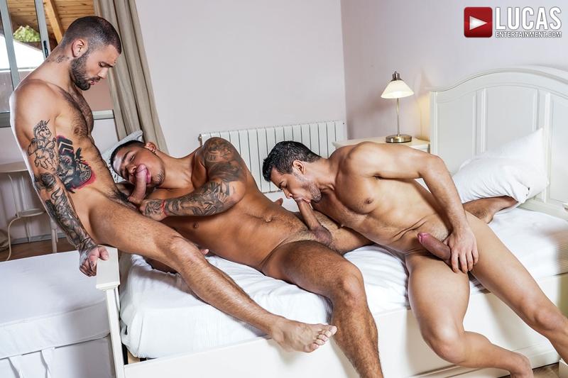 Rico-Marlon-bareback-fucks-Jeffrey-Lloyd-Apolo-Fire-hot-raw-holes-002-gay-porn-pics