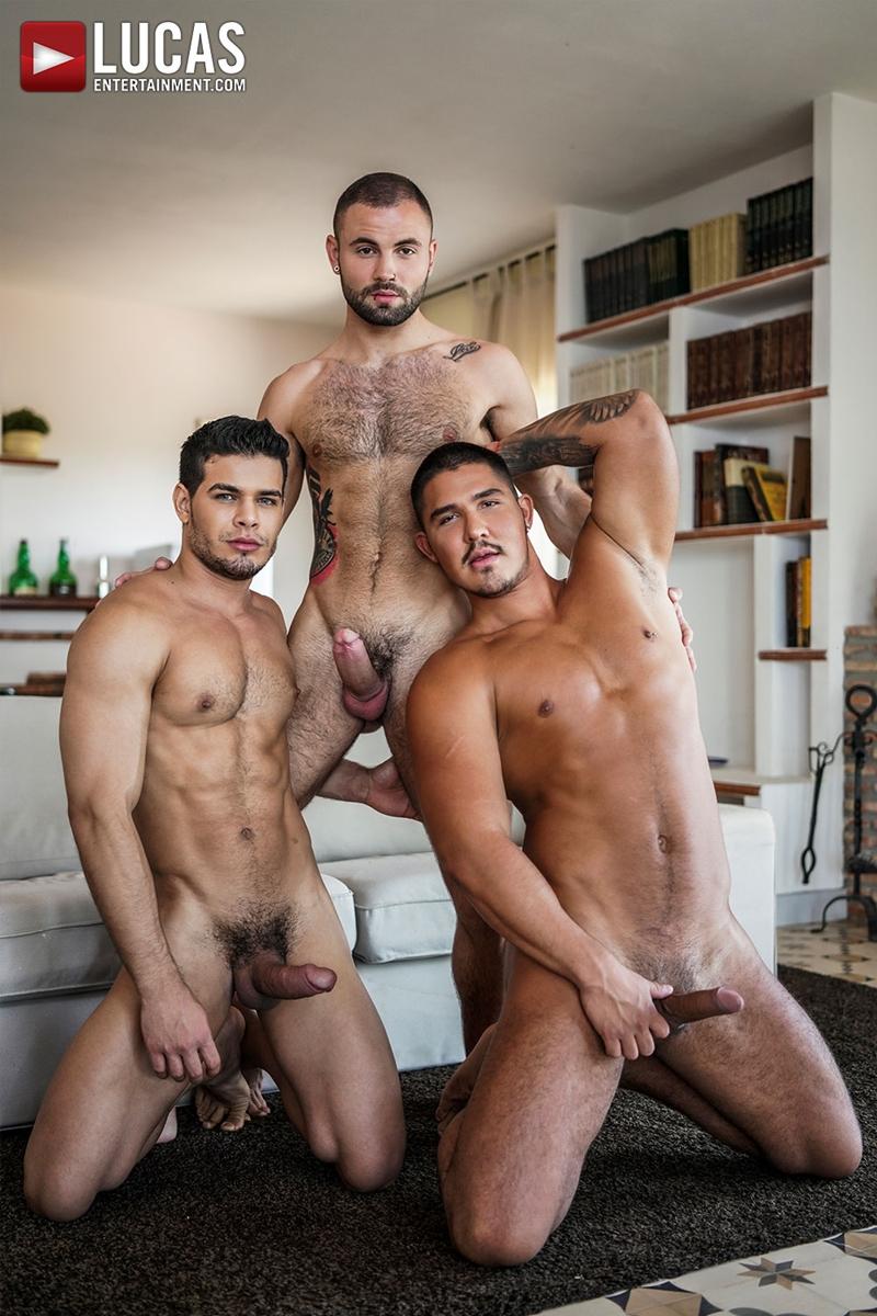 Rico-Marlon-bareback-fucks-Jeffrey-Lloyd-Apolo-Fire-hot-raw-holes-007-gay-porn-pics