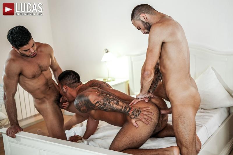 Rico-Marlon-bareback-fucks-Jeffrey-Lloyd-Apolo-Fire-hot-raw-holes-023-gay-porn-pics