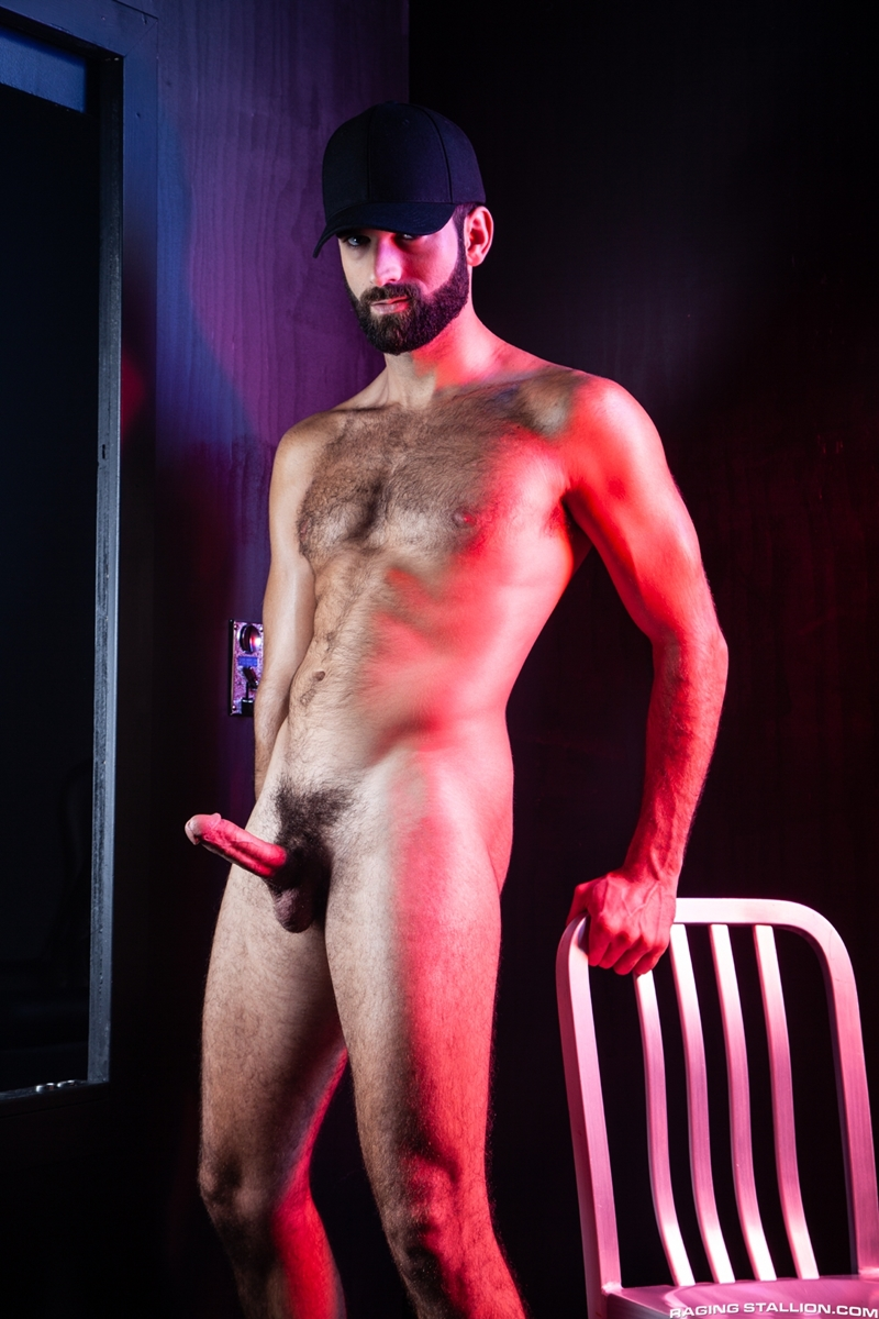 ripped-stud-drake-masters-tegan-zayne-big-dick-dude-smooth-muscled-ass-ragingstallion-004-gay-porn-pictures-gallery