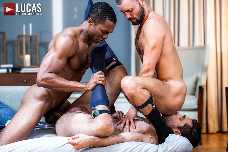 sean-xavier-lucas-leon-jeffrey-lloyd-interracial-anal-fuck-suck-fest-big-cock-lucasentertainment-023-gay-porn-pictures-gallery