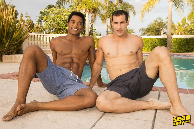 seancody-bareback-ebony-big-muscle-dudes-landon-randy-thick-black-raw-dick-anal-fucking-interracial-001-gay-porn-pictures-gallery
