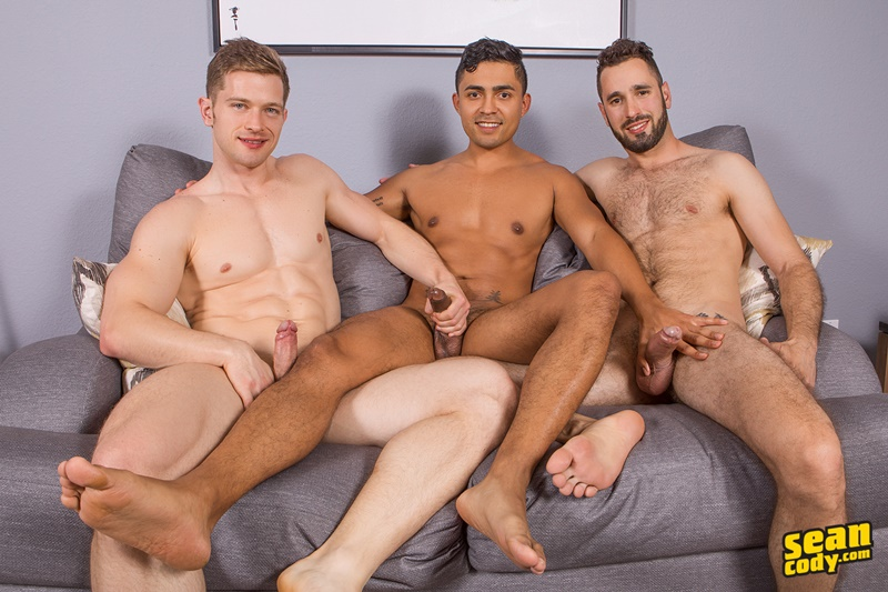 seancody-gay-porn-anal-bareback-threesome-big-uncut-dick-sex-pics-hector-asher-deacon-blow-job-cum-swallowing-toys-001-gallery-video-photo