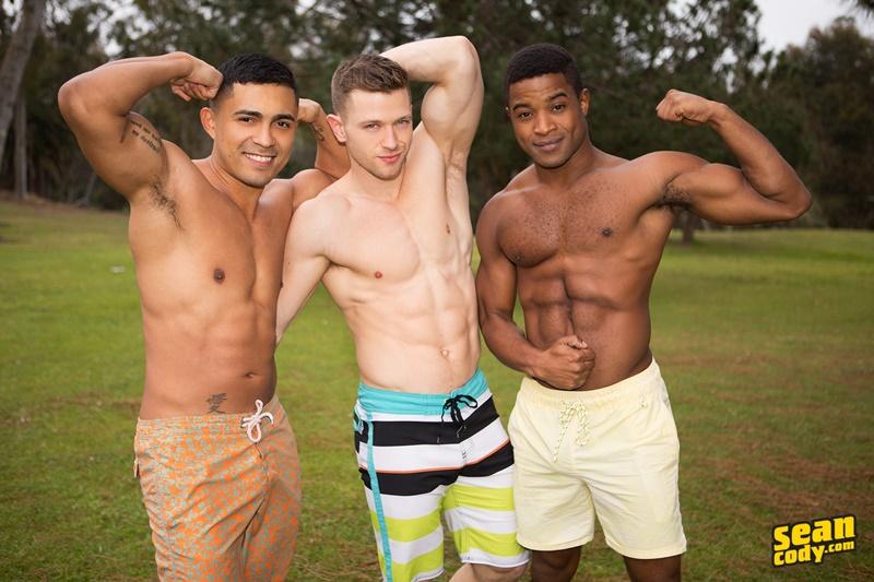 seancody-hot-naked-muscle-boys-landon-deacon-asher-bareback-ass-fucking-threesome-big-large-massive-huge-cock-sucker-anal-rimjob-001-gay-porn-sex-gallery-pics-video-photo