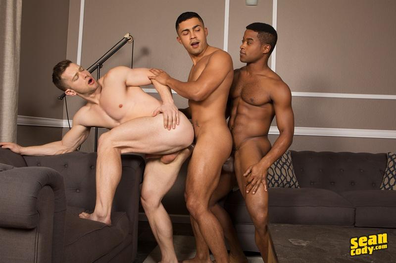 seancody-hot-naked-muscle-boys-landon-deacon-asher-bareback-ass-fucking-threesome-big-large-massive-huge-cock-sucker-anal-rimjob-008-gay-porn-sex-gallery-pics-video-photo