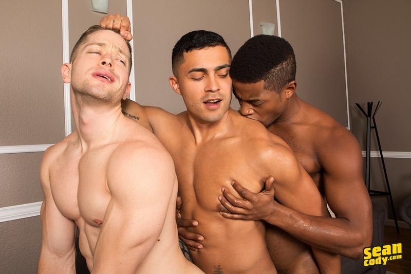 seancody-hot-naked-muscle-boys-landon-deacon-asher-bareback-ass-fucking-threesome-big-large-massive-huge-cock-sucker-anal-rimjob-009-gay-porn-sex-gallery-pics-video-photo