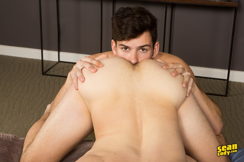 seancody-hot-young-muscle-studs-archie-cole-bareback-bubble-butt-ass-fucking-big-thick-dick-sucking-018-gallery-video-photo