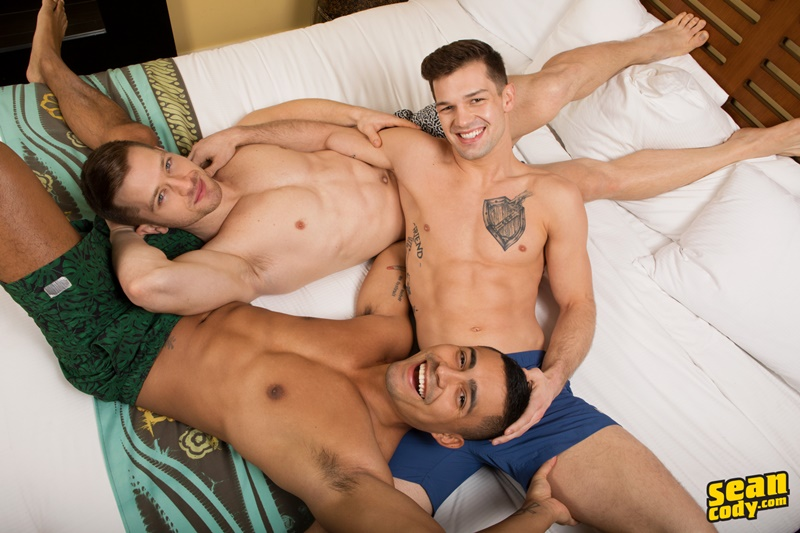 seancody-sexy-young-muscle-naked-real-couple-sean-cody-brysen-deacon-asher-hardcore-bareback-ass-fucking-threesome-raw-bare-big-dicks-010-gay-porn-sex-gallery-pics-video-photo