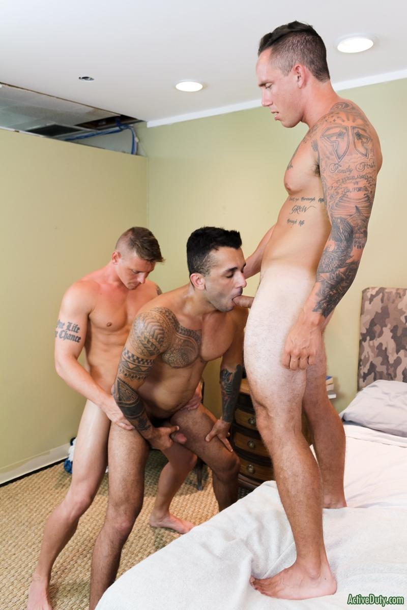 sexy-men-threesome-laith-inkley-cole-weston-gunner-hardcore-ass-fucking-orgy-activeduty-014-gay-porn-pictures-gallery