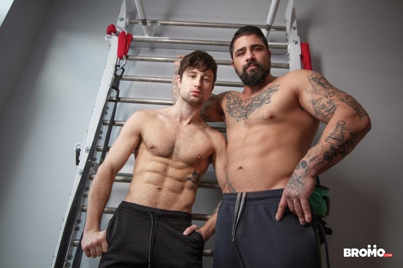 Tattooed-muscle-hunk-Ryan-Bones-breeds-younger-stud-Drew-Dixon-hot-bare-asshole-Bromo-015-porno-pics-gay