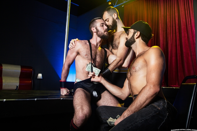 tegan-zayne-ziggy-banks-stephen-harte-hardcore-hairy-ass-fucking-threesome-big-dick-ragingstallion-010-gay-porn-pictures-gallery