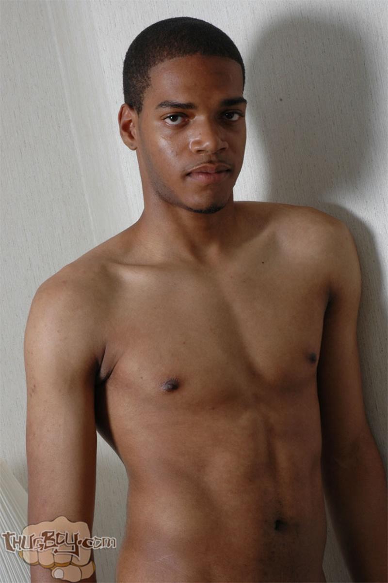 Nude thug boy — pic 1