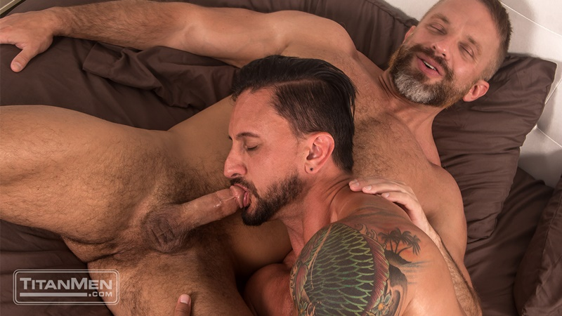 titanmen-gay-porn-hot-muscle-hunk-huge-cock-fucks-sex-pics-dakota-rivers-dirk-caber-hairy-asshole-012-gallery-video-photo