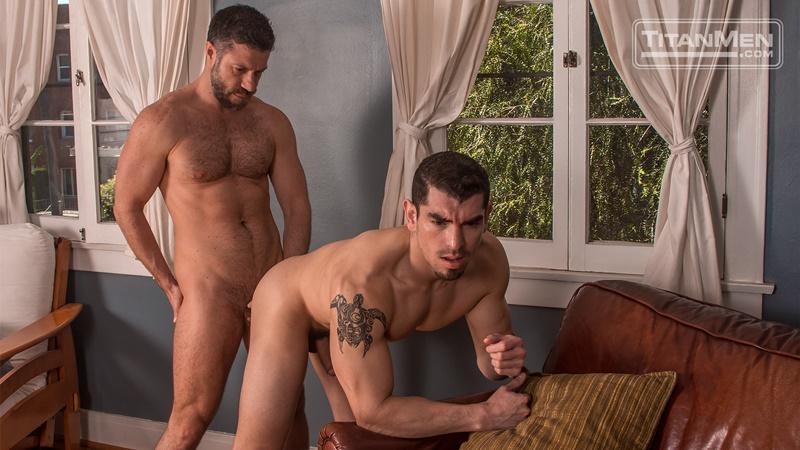 titanmen-gay-porn-nude-muscled-dudes-sex-pics-jeremy-spreadums-sucks-muscle-stud-tristan-jaxx-big-uncut-cock-foreskin-013-gay-porn-sex-gallery-pics-video-photo