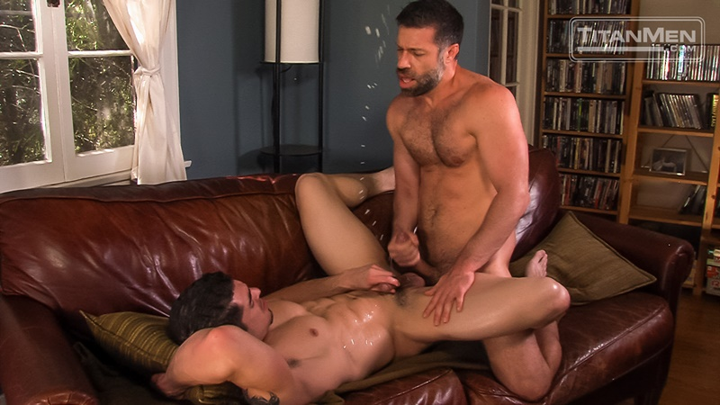 titanmen-gay-porn-nude-muscled-dudes-sex-pics-jeremy-spreadums-sucks-muscle-stud-tristan-jaxx-big-uncut-cock-foreskin-025-gay-porn-sex-gallery-pics-video-photo