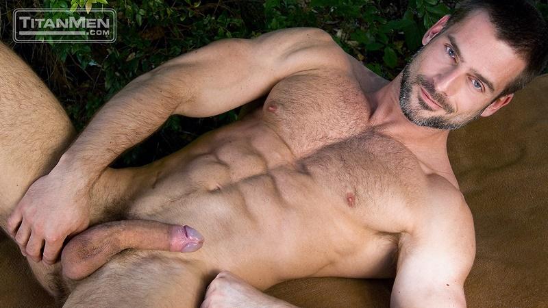 titanmen-hot-muscle-men-alex-baresi-brody-newport-cj-madison-dean-flynn-derek-da-silva-gay-porn-orgy-004-gay-porn-pics-gallery