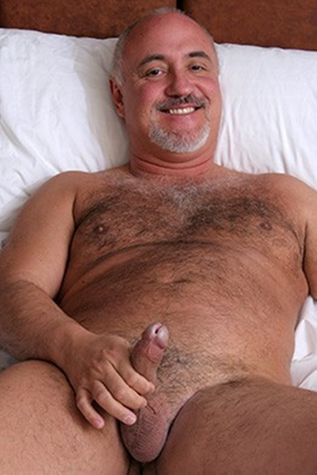 18 inch dick gay sex movie cumming back at 5