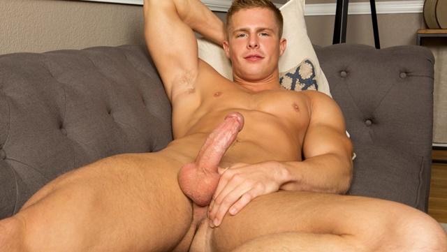 Sean Cody Nixon