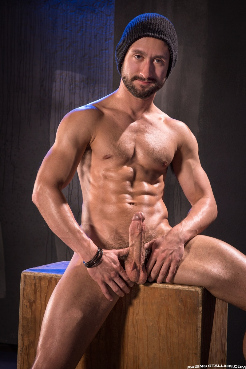 gay perv naked public masturbate